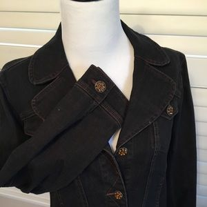 Black fitted Jean jacket, gorgeous buttons!